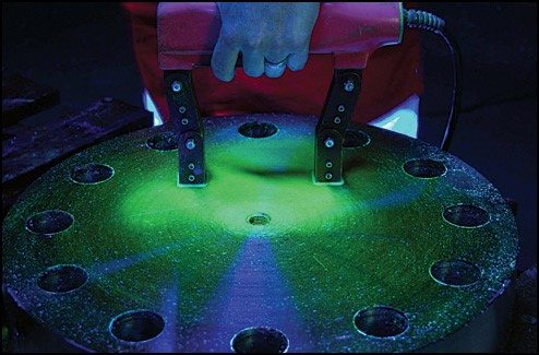 Wet Magnetic Particle Flaw Detection Testing
